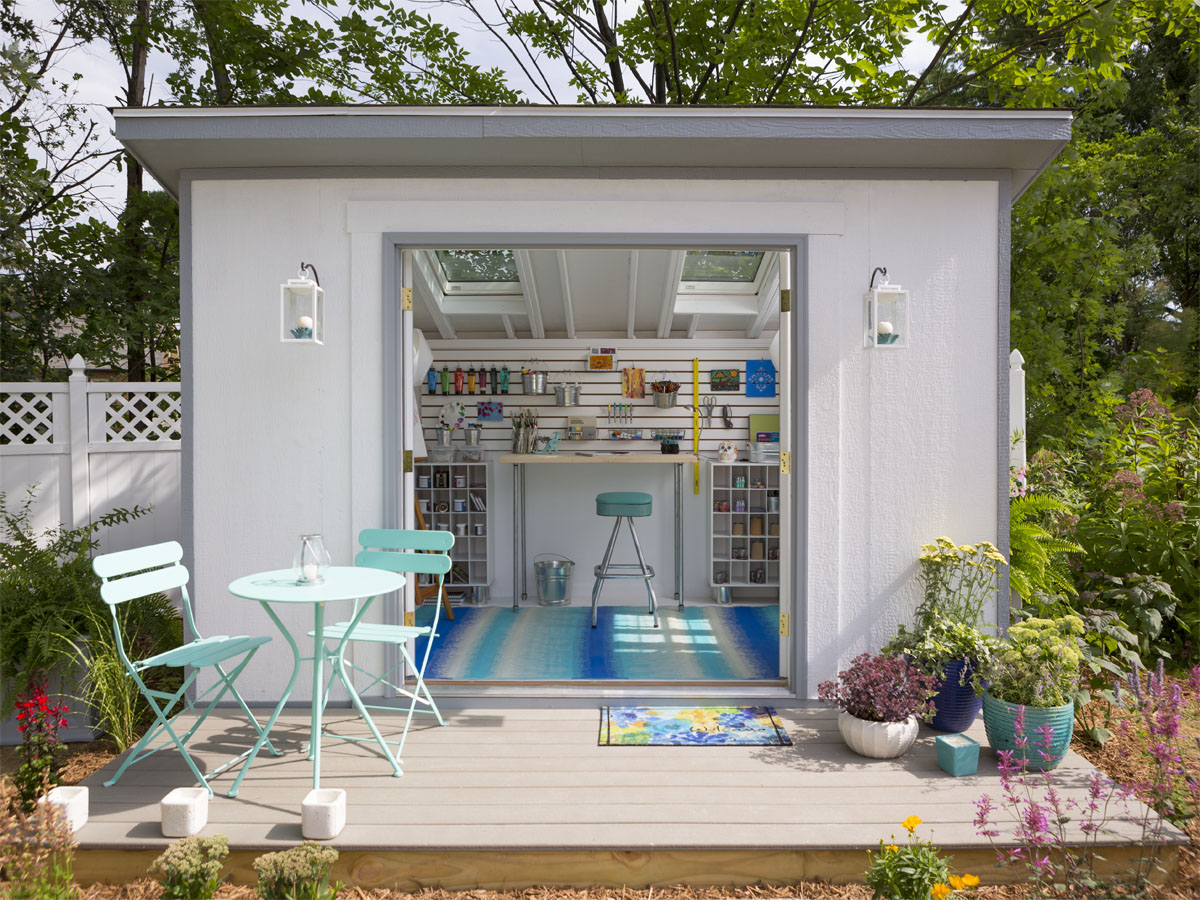 metropolitan shed transformed into an artist 39 s studio