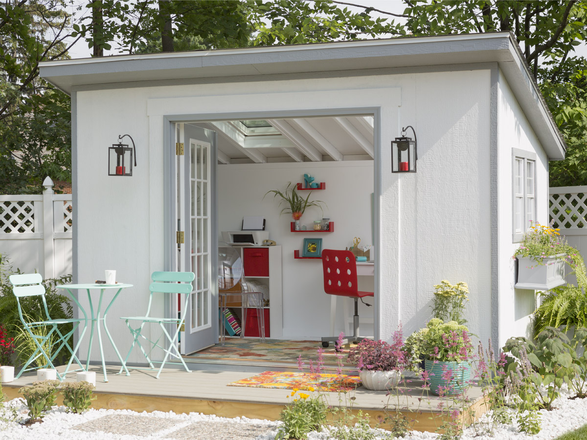 metropolitan shed transformed into a home office